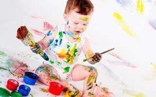 Чем отстирать краску акварельную с одежды в домашних условиях, как эффективно и без вреда вывести пятна с белой и