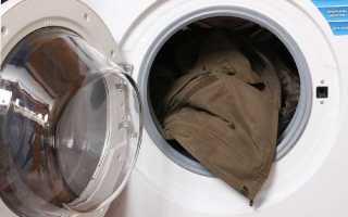 Как постирать пуховик в стиральной машине-автомат, чтобы пух не сбился: можно ли и как правильно, при какой температуре, на