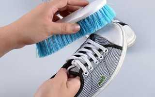 Как стирать Конверсы (Converse): можно ли в стиральной машине, как помыть кеды вручную, как вывести пятна и высушить обувь?