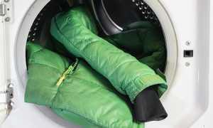 Как расправить синтепон в куртке после стирки, разбить если он сбился в комки, свалялся либо скомкался: что делать, как